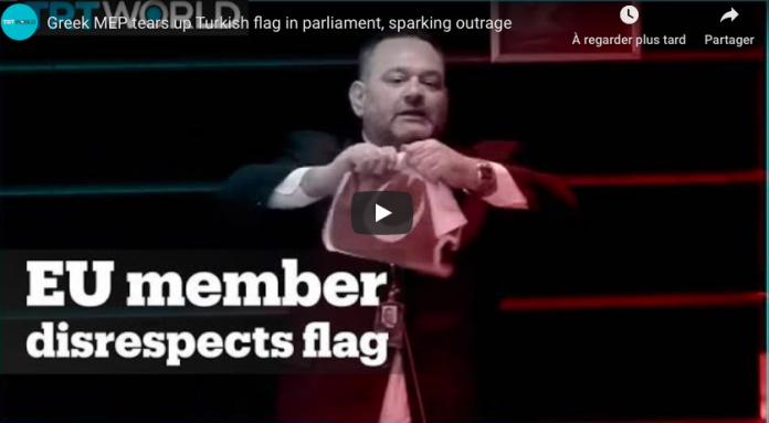 Colère d'Ankara Un député déchire un drapeau turc au Parlement européen