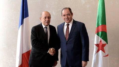L'Algérie et la France relancent leur coopération sur fond de crise