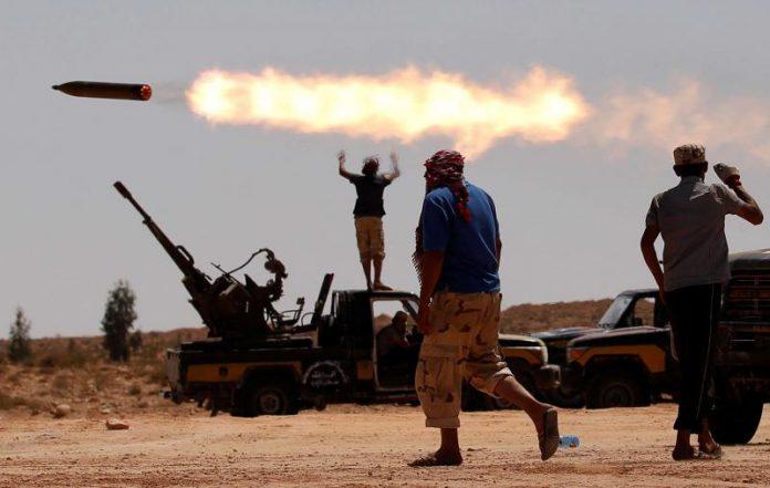La Turquie denonce la France d'envoyer des armes en Lybie