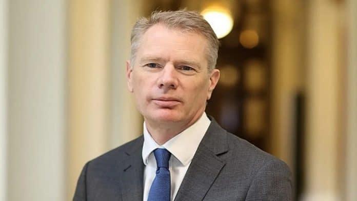 L'ambassadeur britannique rob macaire arrêté en Iran