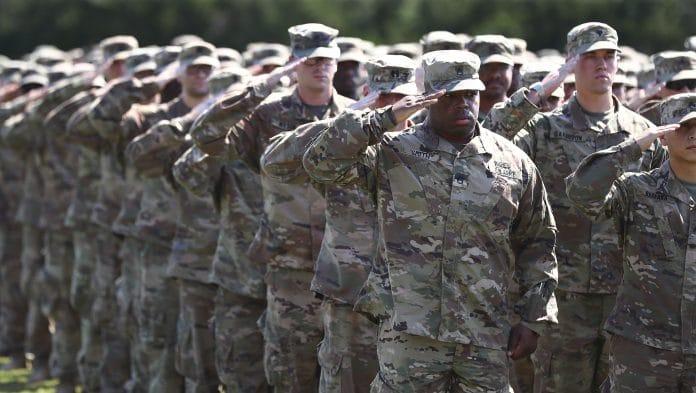 Les-Etats-Unis-vendent-leur-armée-à-l'Arabie-Saoudite-pour-1-milliard-de-dollars-scaled.jpg