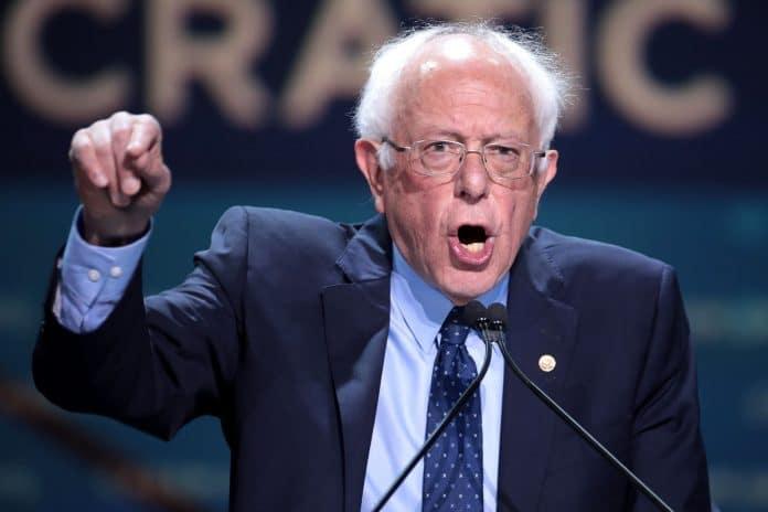 Bernie Sanders avertit la Russie de ne pas s'immiscer dans la campagne présidentielle américaine