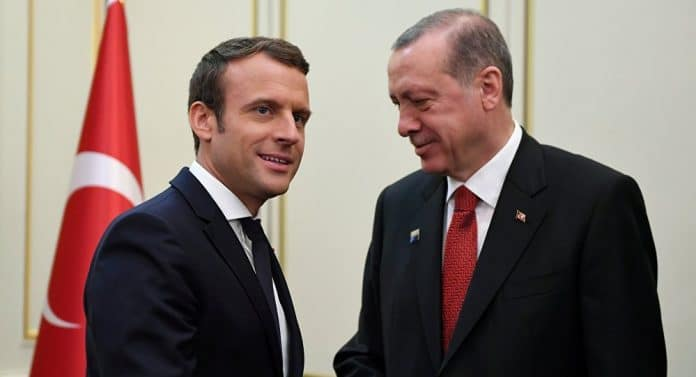 Emmanuel Macron s'attaque à la présence de la Turquie en France