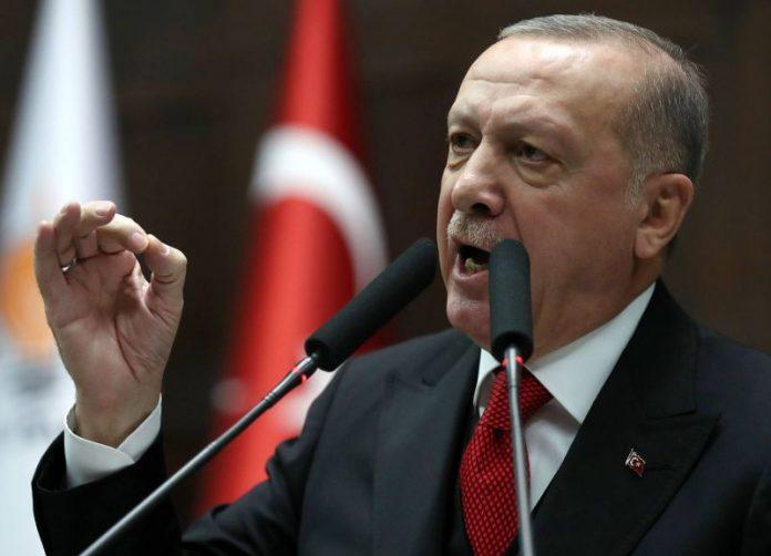 Erdogan menace de frapper «partout» si les forces syriennes s'attaquent aux soldats turcs