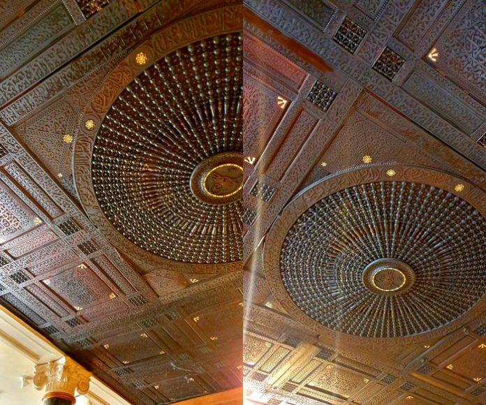 Londres - Le plafond d'un Starbucks a-t-il été volé à la Syrie ou était-ce un cadeau ottoman?