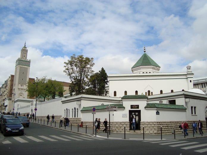 La Grande Mosquée de Paris annule la prière du vendredi «jusqu'à nouvel ordre»