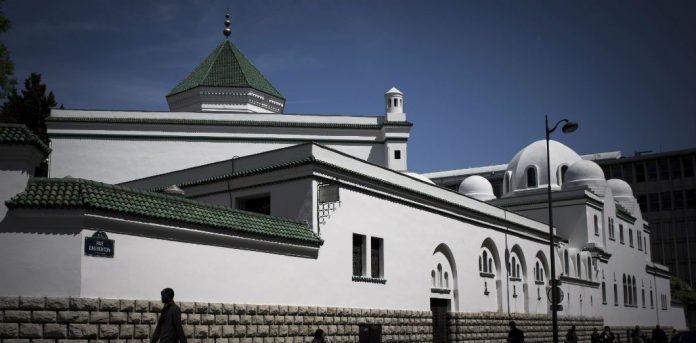 Le CFCM appelle à la fermeture de toutes les mosquées de France