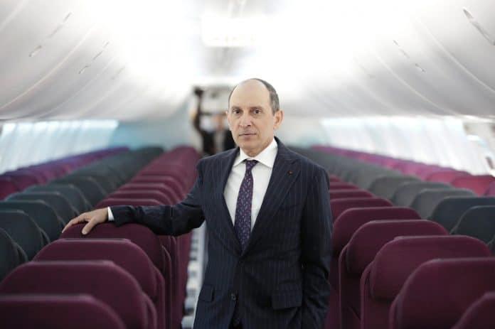 Le PDG de Qatar Airways doute de l'existence du coronavirus