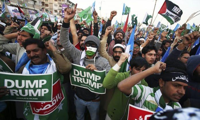 Le Pakistan soutient la Palestine libre et assure qu'il n'aura jamais de lien avec Israël