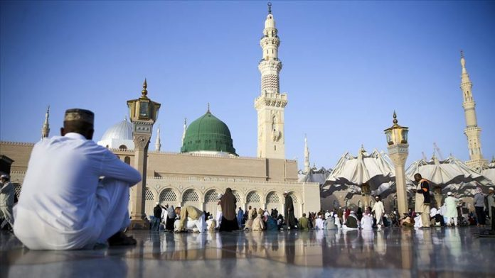 Omra - L'Arabie saoudite étend la suspension aux résidents du royaume