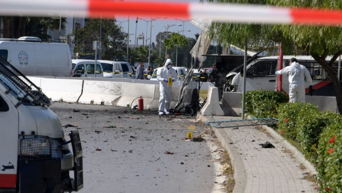 Tunisie - Deux kamikazes se font exploser devant l'ambassade américaine