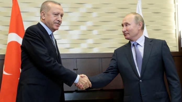 Vladimir Poutine et Recep Erdogan trouvent un accord pour apaiser les tensions en Syrie