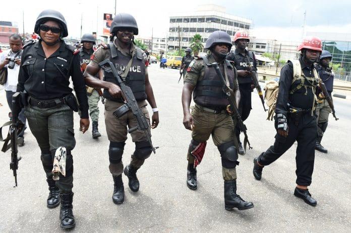 18 personnes exécutées par les forces de sécurité au Nigeria pour non-respect du confinement