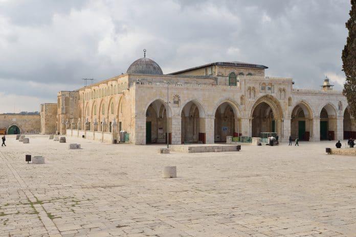 Coronavirus - la mosquée Al-Aqsa restera fermée au culte pendant le Ramadan