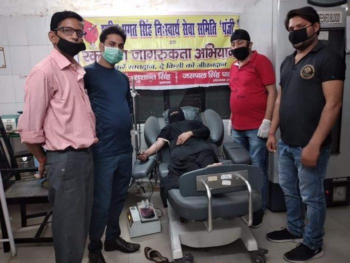 Inde - une musulmane rompt son jeûne pour donner son sang à un patient hindou