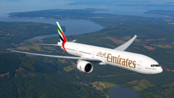 La compagnie aérienne Emirates annonce des vols passagers, notamment vers l'Algérie