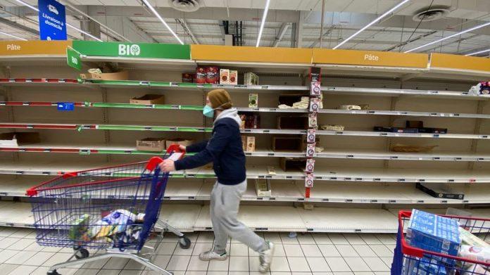 Le préfet de Seine-Saint-Denis prévoit des « émeutes de la faim »