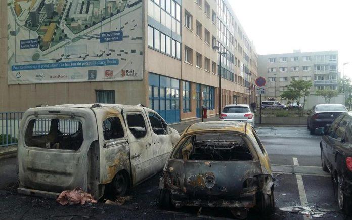 Val-de-Marne - deux jeunes interpellés suite à l'attaque au mortier du commissariat de Champigny