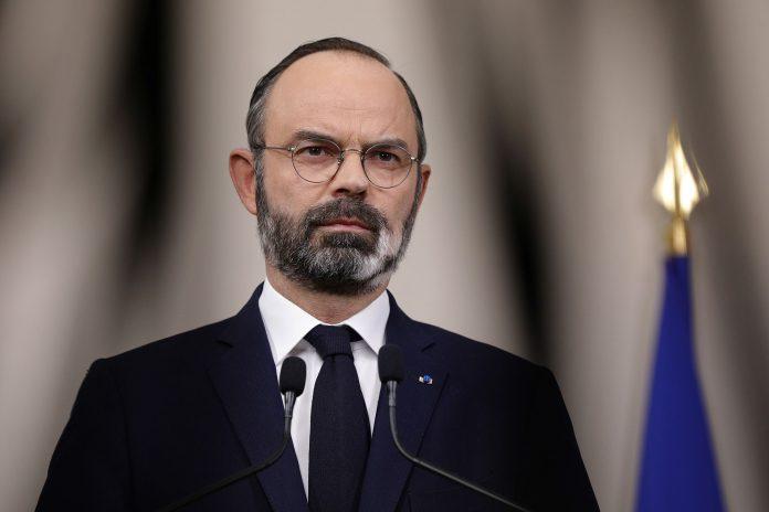 Les Français pourront partir en France en juillet et août, annonce Edouard Philippe