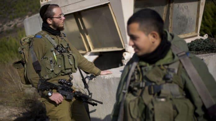 Cisjordanie - un soldat israélien tué par un pierre lancée d'un toit lors d'une opération d'arrestation