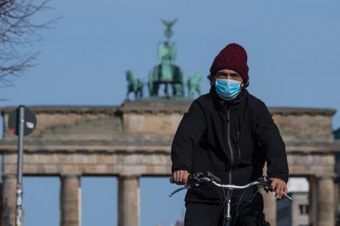 Coronavirus : l'Allemagne subit une deuxième vague et annonce le reconfinement de certaines régions