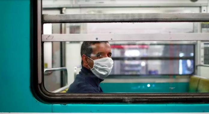 Déconfinement l'absence de masque dans les transports en commun pourrait être sanctionné de 135 euros