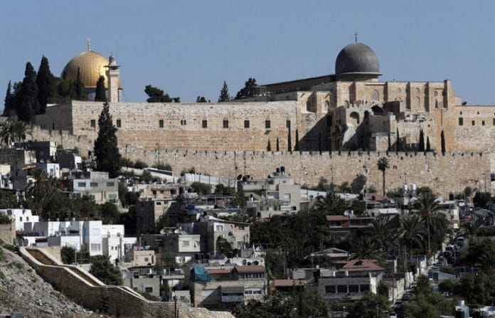 La mosquée Al-Aqsa de Jérusalem rouvre ce dimanche