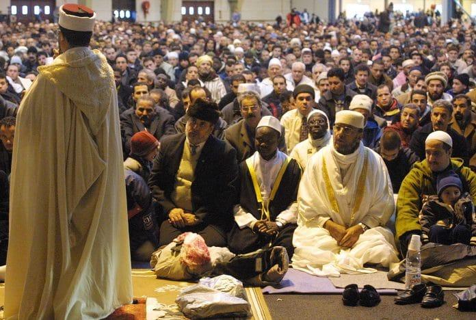 Le CFCM s'oppose à la tenue de la prière de l'Aid el-Fitr dans les mosquées jugée «irréaliste»