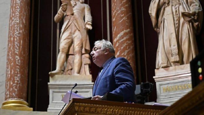 Le Sénat rejette le plan de déconfinement proposé par le gouvernement