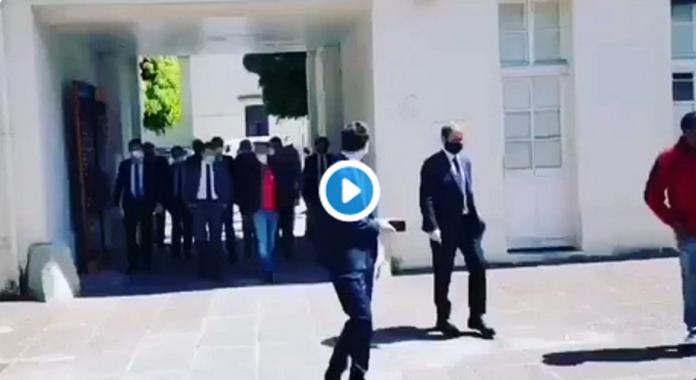 Macron s'énerve sur un syndicaliste :