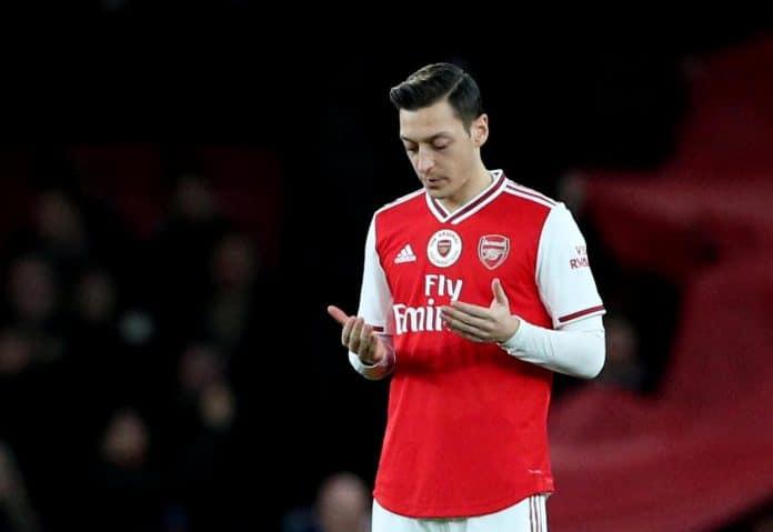 Mesut Ozil fait un énorme don aux Syriens, Somaliens et Turques pour le Ramadan
