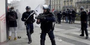 On a un problème avec la communauté maghrébine - un policier tente de se justifier sur RMC2
