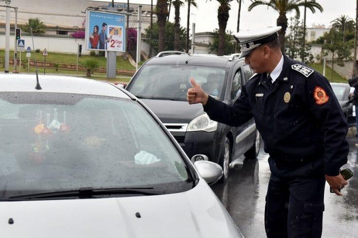 """""""Chers amis africains, bienvenus chez vous"""" : le message fraternel d'un policier marocain aux migrants"""