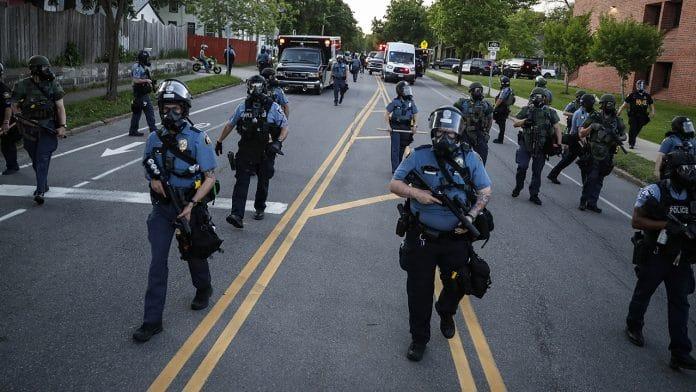 La police de Minneapolis va être démantelée après la mort de George Floyd