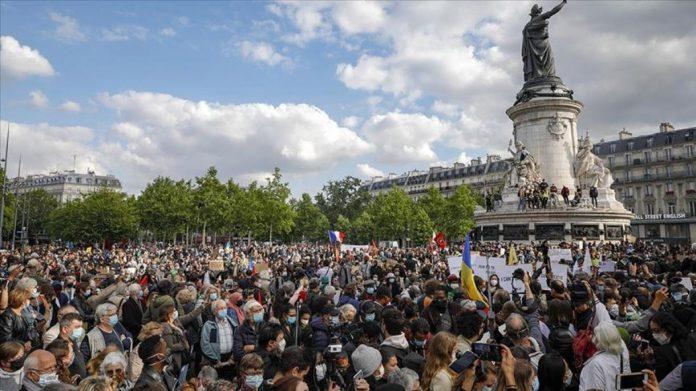 France : Les manifestations à nouveau autorisées officiellement par le Conseil d'Etat
