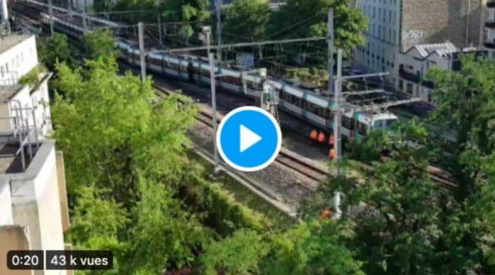 Paris un train du RER B déraille à la station Denfert Rochereau provoquant un accident