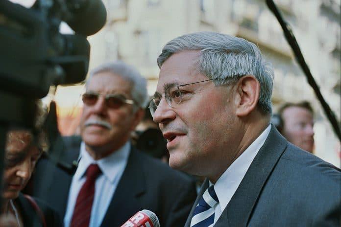 Pour l'ancien député Bruno Gollnisch, les manifestants n'ont qu'à retourner