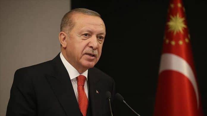 Recep Erdogan appelle à un «système économique islamique» mondial avec Istanbul pour capitale