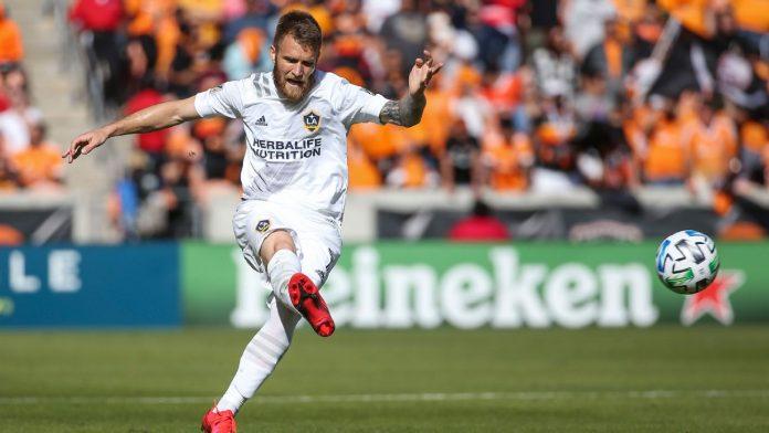 Un footballeur du Los Angeles Galaxy viré suite aux propos racistes de sa femme