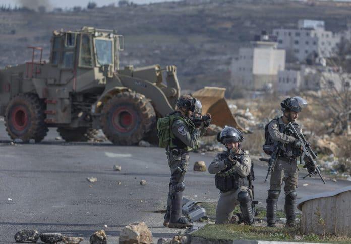 Bethléem : des bulldozers israéliens rasent les terres palestiniennes pour l'expansion des colonies