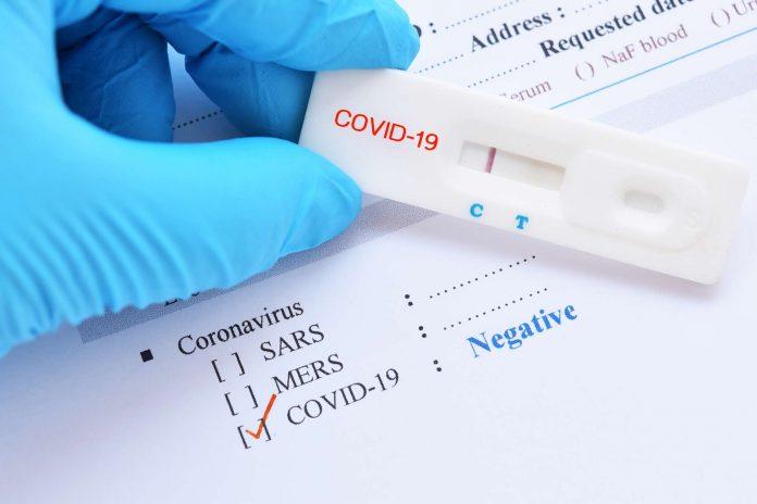 Covid-19 : des tests sont désormais disponibles en pharmacie