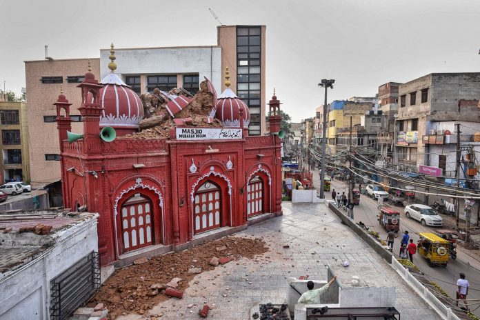 De fortes pluies endommagent une mosquée vieille de 200 ans dans la capitale indienne