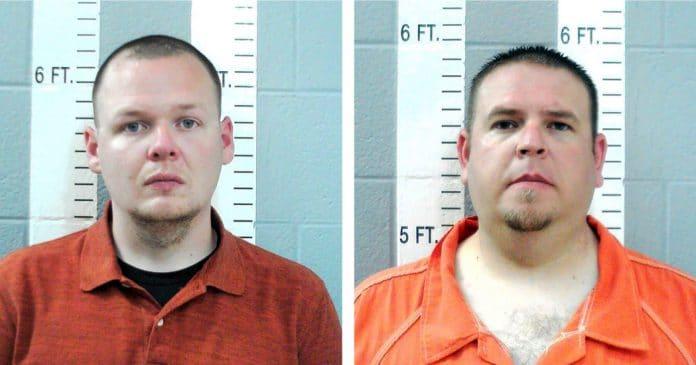 Des policiers inculpés pour homicide après avoir tasé un homme plus de 50 fois