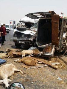 Maroc - embouteillages et panique incroyables suite à l'interdiction de circuler dans huit villes du pays2