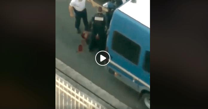 Martinique un gendarme enfonce son doigt dans l'oeil du jeune Kezia alors qu'il gisait au sol le crâne ouvert - VIDEO