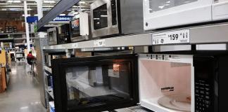 Santé : est-ce vraiment dangereux de cuire de la nourriture au micro-ondes ?