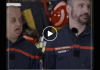 """Sur TF1, fou rire autour de Booder lors d'une séquence des """"Touristes, mission pompiers"""" - VIDEO"""