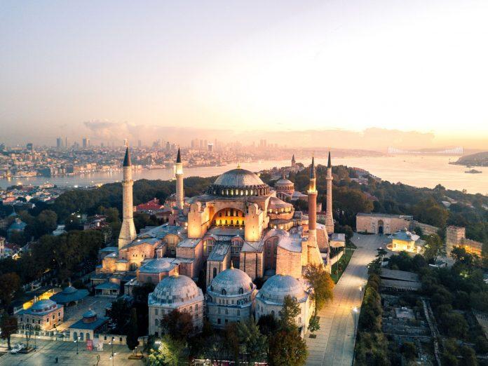 Turquie : La basilique Sainte-Sophie convertie en mosquée ouvrira dès le 24 juillet