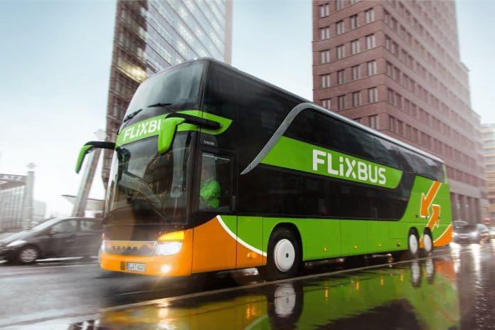Flixbus - un chauffeur frappe une passagère et l'abandonne inconsciente sur une aire d'autoroute