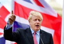 Les dirigeants palestiniens applaudissent Boris Johnson pour s'être opposé à l'annexion